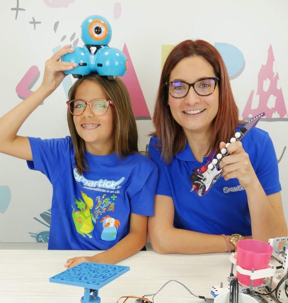 Entrevista a las chicas de ValPat, el canal de You Tube sobre desarrollo STEAM y tecnológico